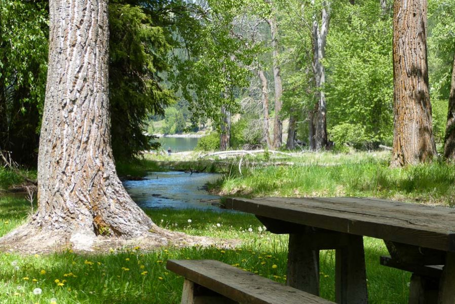 wallowa_lake_riverside_d-u-25